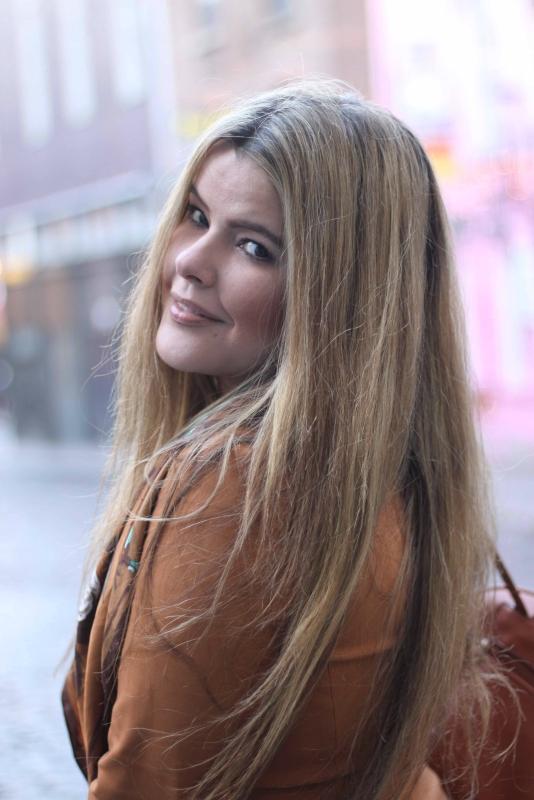 Model: Sofia Delagado